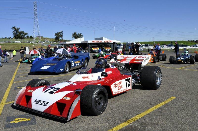 72 John Gale Surtees TS9B 2.jpg