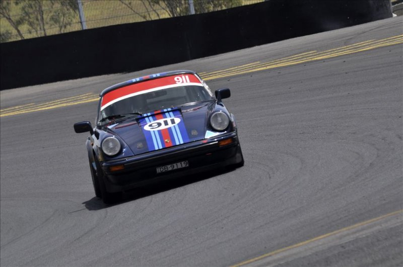 911 Douglas Barbour Porsche 911 Carrera 3.JPG